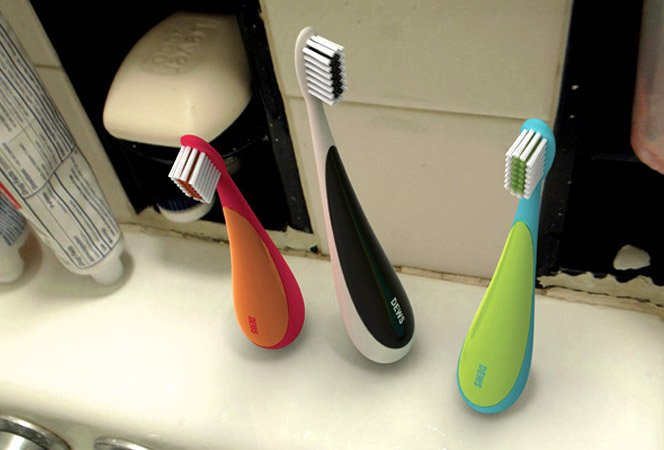 Escova de dentes que fica em pé naturalmente
