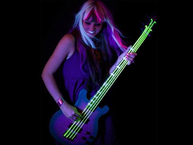 Cordas de baixo de neon