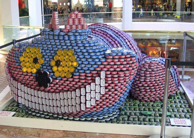 Esculturas com latas