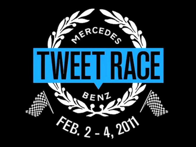 Uma corrida de carros movida por tweets