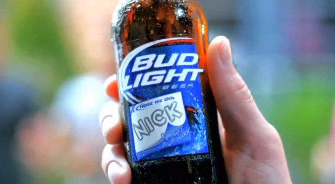 Bilhetes no Rótulo de Cerveja