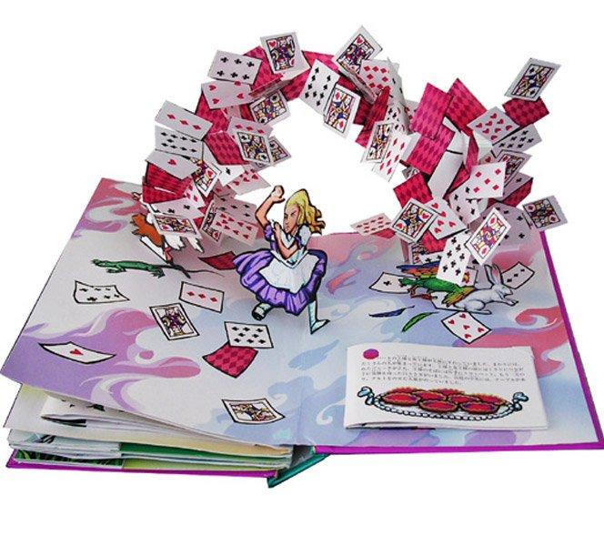 Livro Pop-Up de Alice no País das Maravilhas