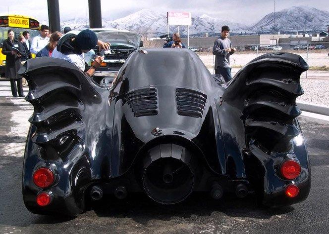 Batmóvel com Turbina de Avião