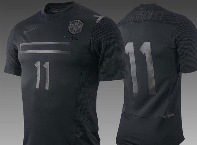 Camisa preta da Nike para o Brasil