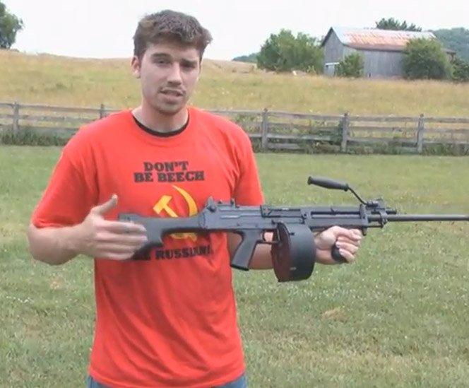 Vlog Russo Testa Armas de Fogo