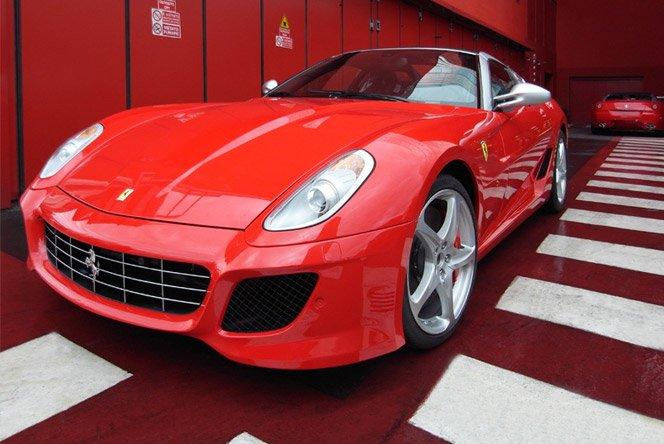 Tour na Fábrica da Ferrari