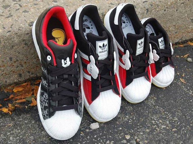 Tênis da Adidas do Mickey Mouse