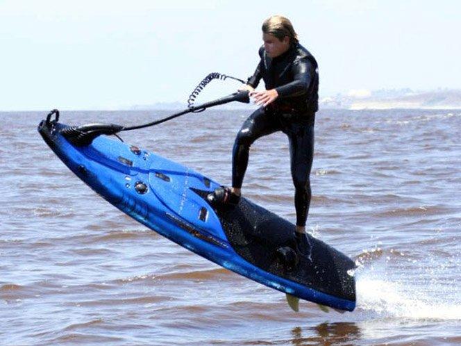 Prancha de Surf com motor de JetSki