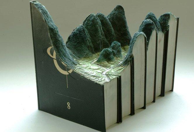 Esculturas em livros