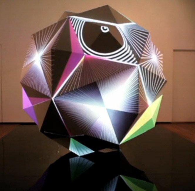 Escultura Psicodélica Inovadora