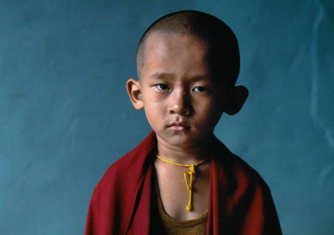 Fotógrafo faz ensaio com crianças ao redor do mundo