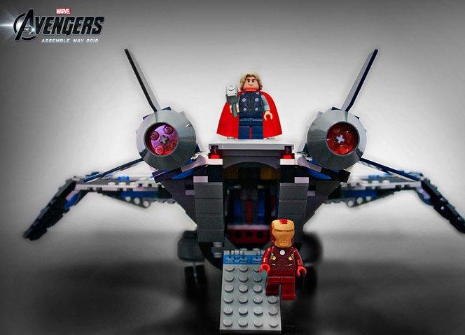 """LEGO cria bonecos e veículos do filme """"Os Vingadores"""""""