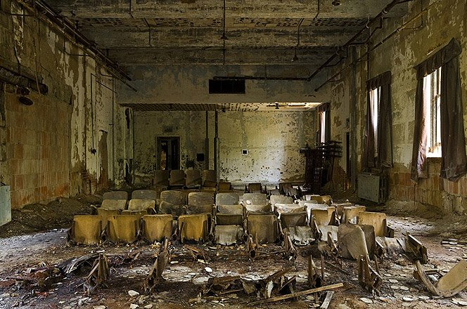 Fotos incríveis da ilha abandonada em Nova Iorque