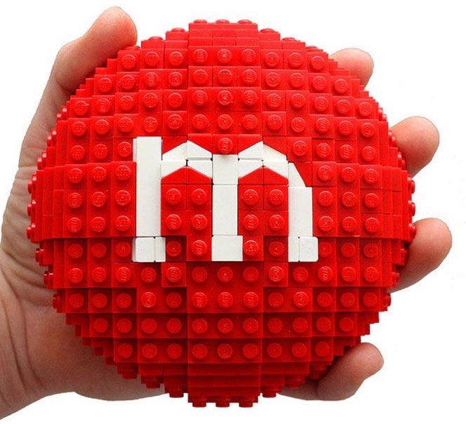 Comida feita de LEGO