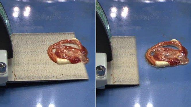 Limpando ketchup e outras melecas com produto inovador