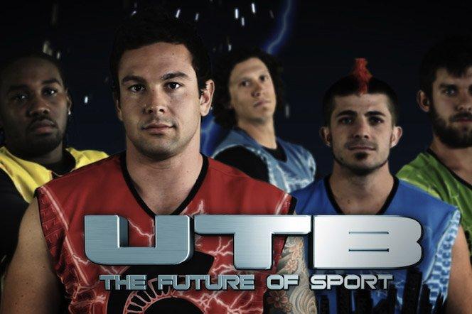 Novo esporte mistura futebol americano e máquinas de choque