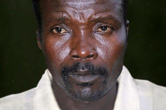 Você pode ajudar a salvar o mundo com o projeto Kony 2012