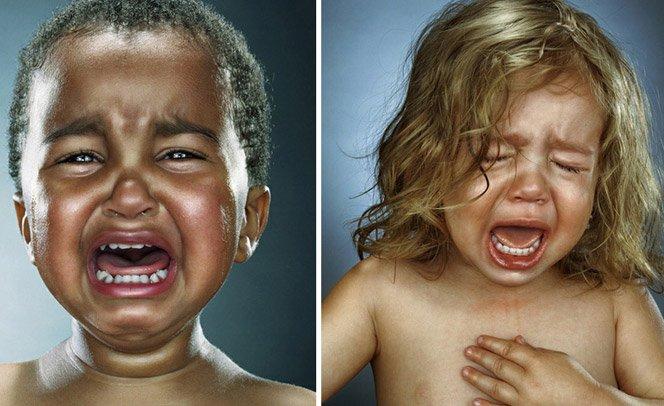Um ensaio diferente – fotógrafa retrata crianças chorando