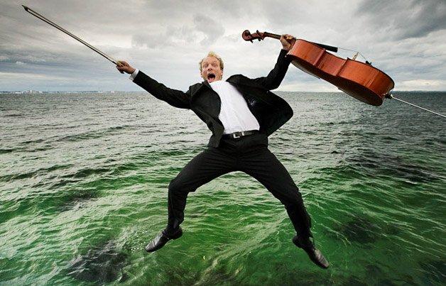 Fotografias mostram o outro lado da música clássica