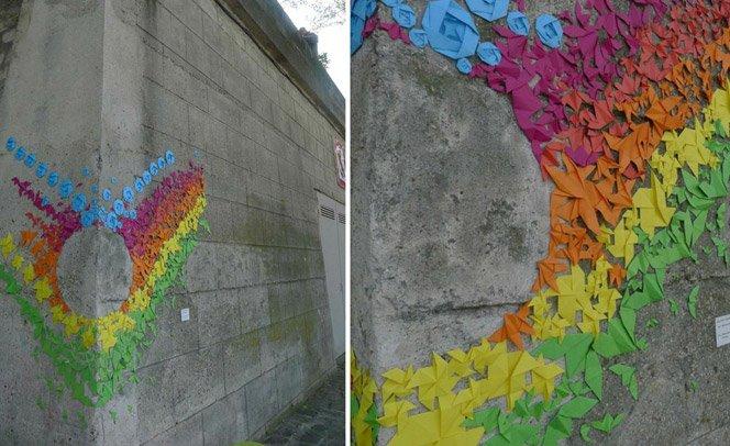 Street Art com origamis coloridos