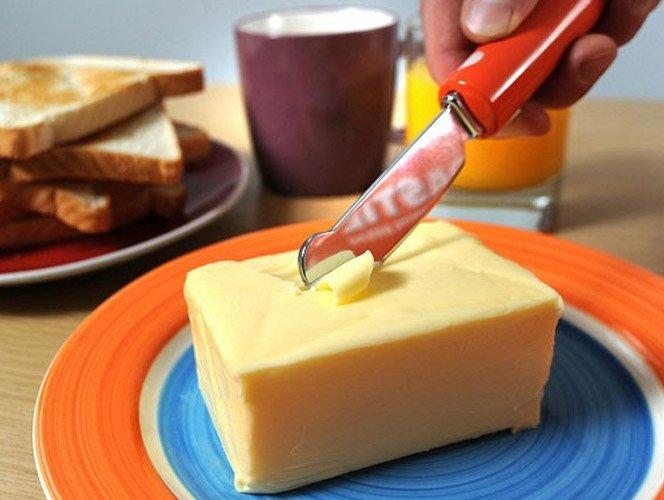 Inovação na cozinha: Faca de manteiga que esquenta
