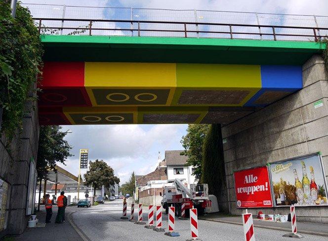 Ponte feita de LEGO