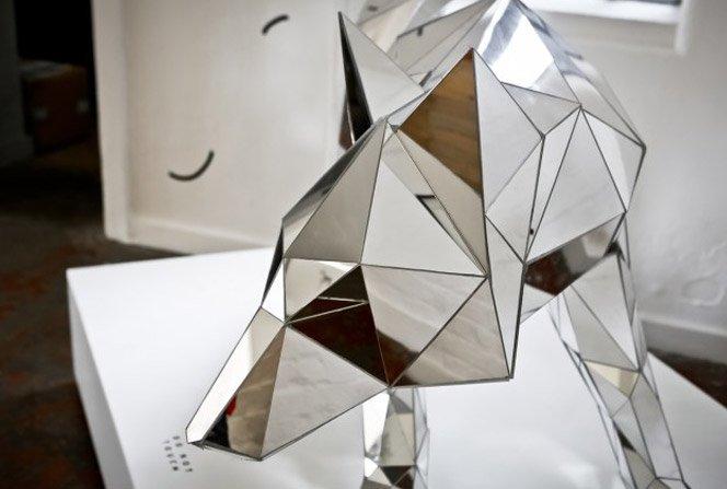 Esculturas fantásticas usando espelhos