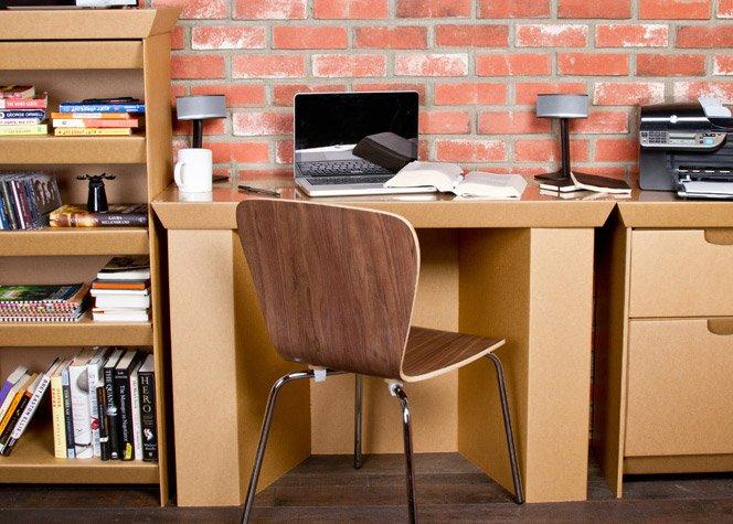 Móveis de papelão são uma alternativa sustentável e barata para sua casa
