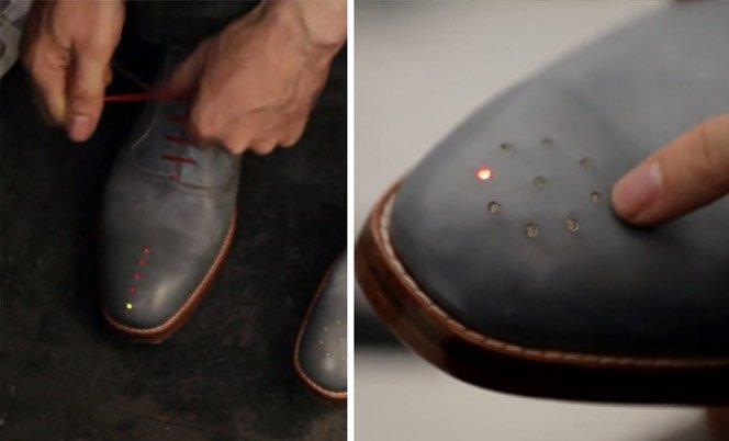 Designer cria sapato com GPS para os pedestres não se perderem pelo caminho