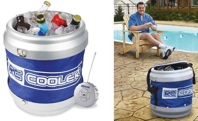 Cooler que vem até você trazendo bebidas geladas