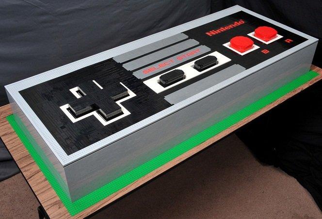 Um joystick gigante feito com peças de Lego que funciona de verdade
