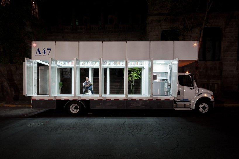 a47, a primeira biblioteca móvel de livros de arte do mundo
