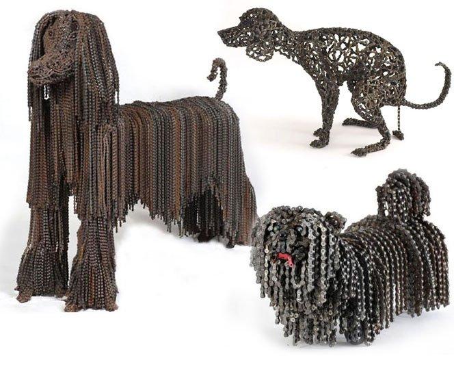 Esculturas de cães em tamanho real feitas inteiramente com peças bike