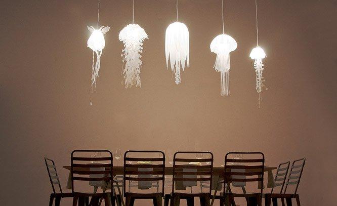 Incríveis lustres com formato de água-vivas