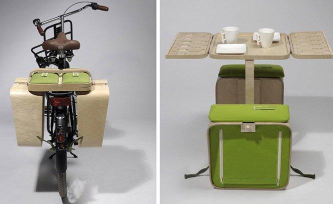Mesa + kit para piquenique que cabe numa garupa de bicicleta