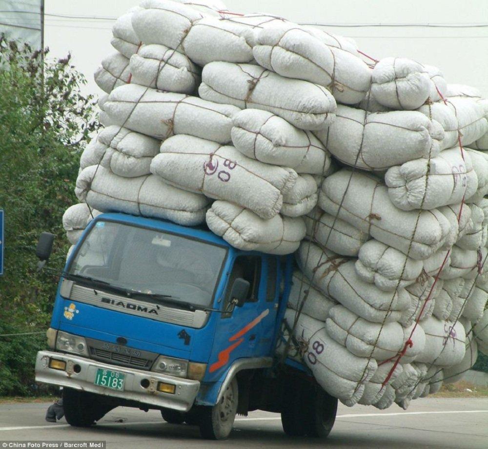 Série de fotos mostra como os Chineses se viram para transportar mercadorias