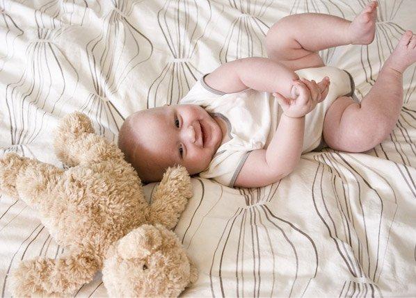 Exmobaby, um pijama de bebê que conversa com os pais