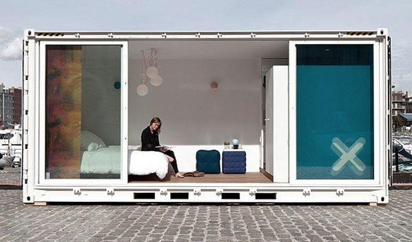 Containers usados são transformados em hotel móvel de luxo