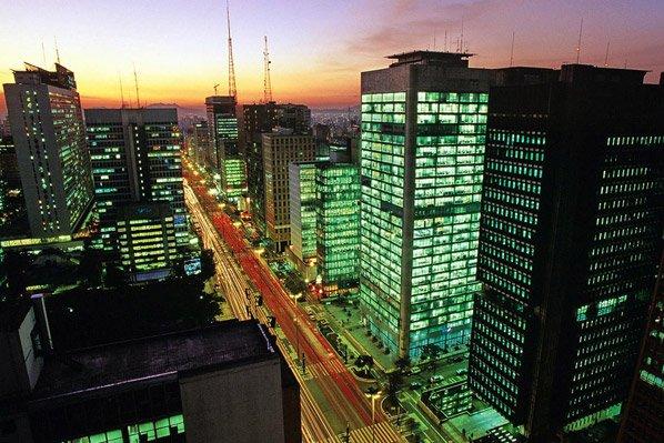 Paulistanos terão acesso à Wi-Fi grátis em toda a cidade