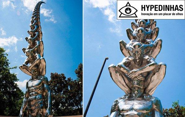 A escultura de Do Ho Suh que parece tocar o céu