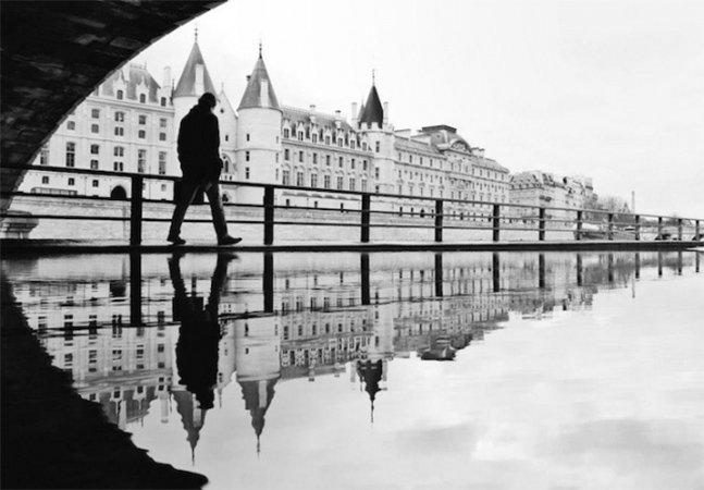 Fotógrafa retrata Paris através dos reflexos da cidade