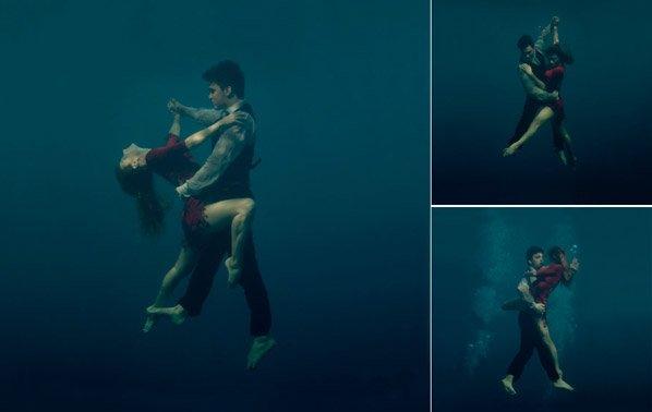 Fotos de casal apaixonado dançando Tango debaixo d'água