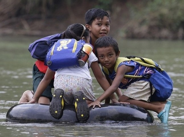 Children risking_5