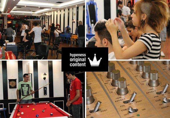 O salão que tem estúdio de tattoo, bar, mesa de sinuca e ainda corta cabelo