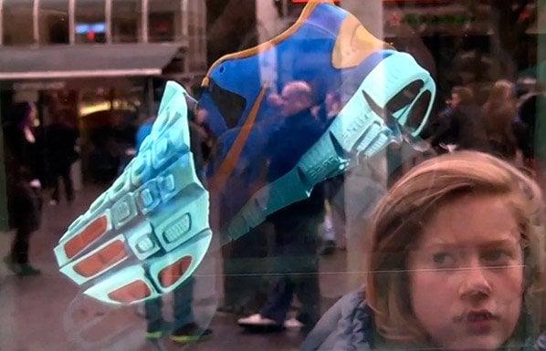 Nike põe na rua primeira campanha publicitária holográfica em 3D