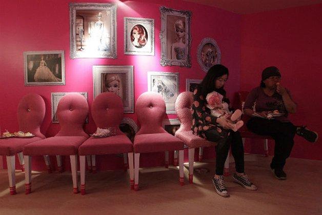 BarbieCafe1