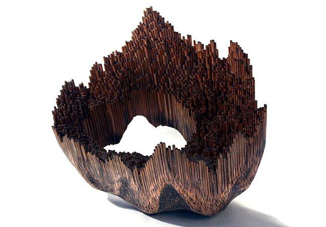 Artista cria esculturas fantásticas usando centenas de lápis