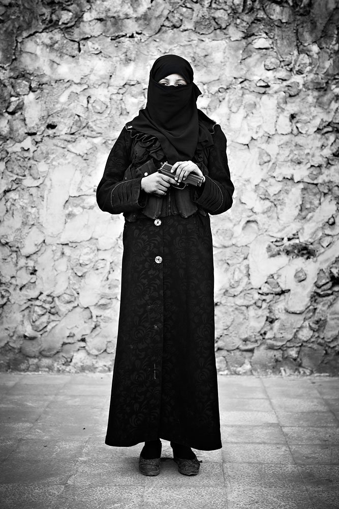 Syria: FSA Women Fighters