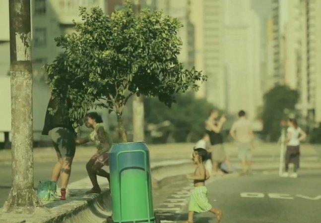 Sprite cria sombras portáteis com pés de limão para refrescar as pessoas