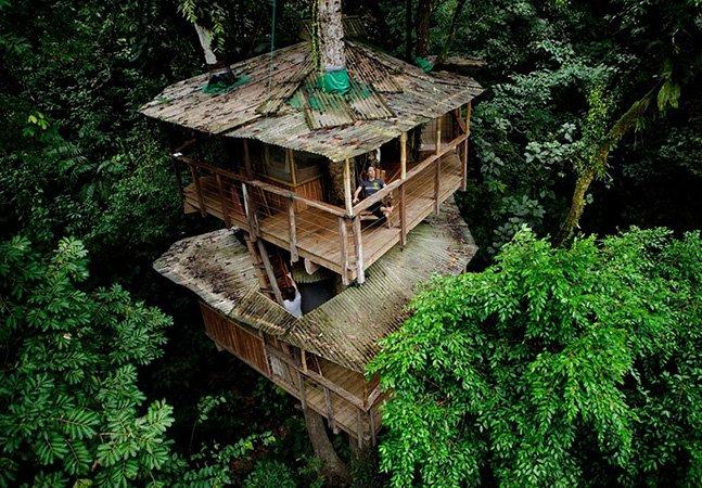 Conheça a comunidade sustentável que vive em casas na árvore
